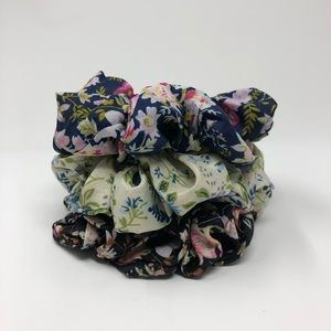 Set of 3 Summer scrunchies